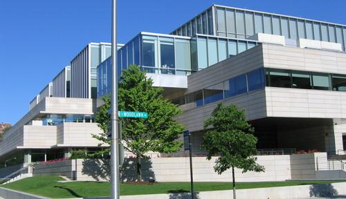 Thumb university of chicago business school