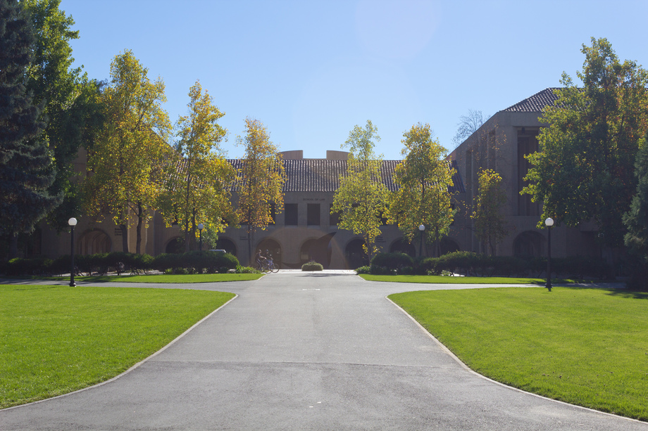Large stanford law school