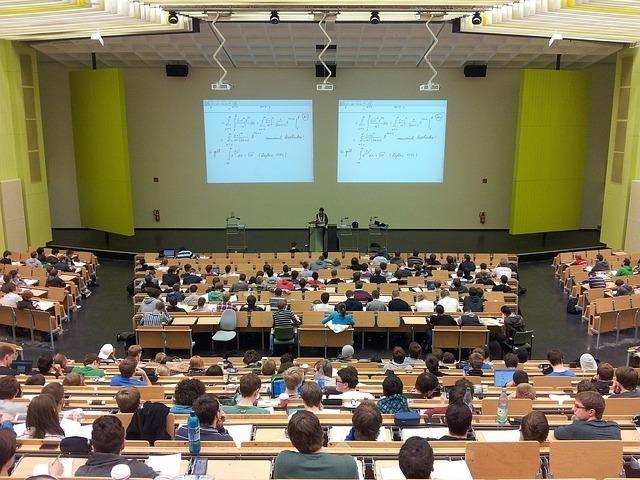 Large university 105709 640