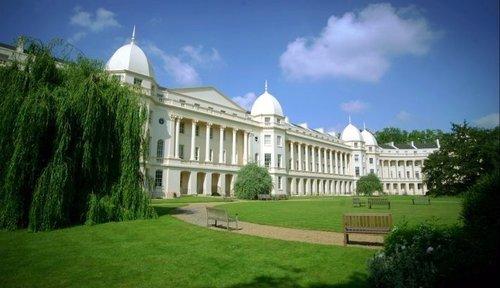 Thumb london business school facade